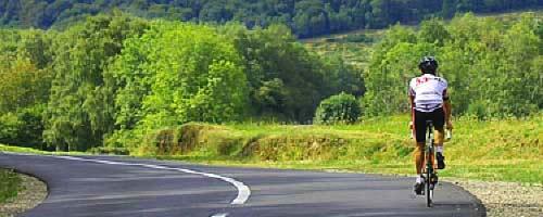 Découvrir l'Auvergne en vélo