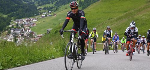 Faites du vélo avec Cévéo dans le Jura
